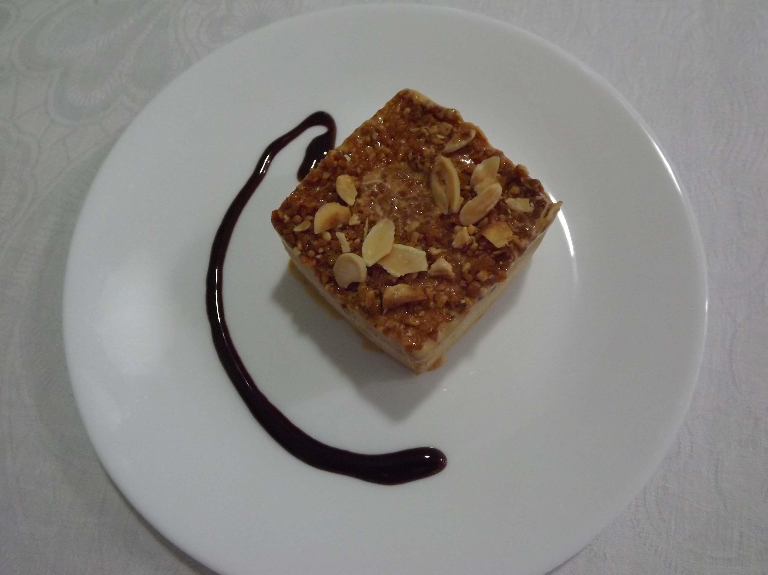 Gelado de doce de leite e amendoa