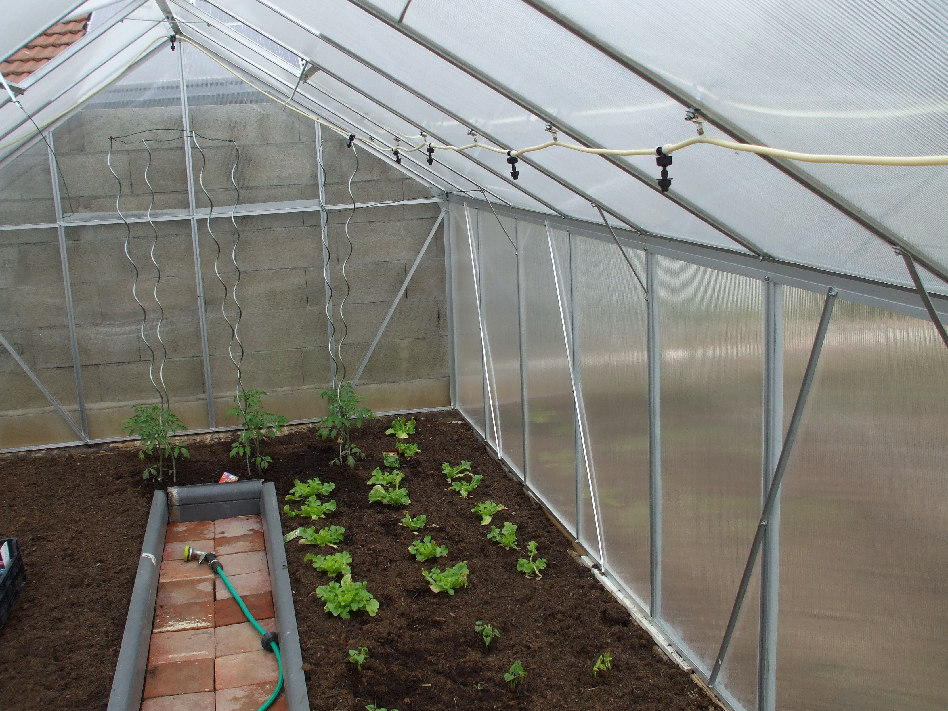 Pour votre #potager, optez pour la #serre de jardin en alu de chez ...