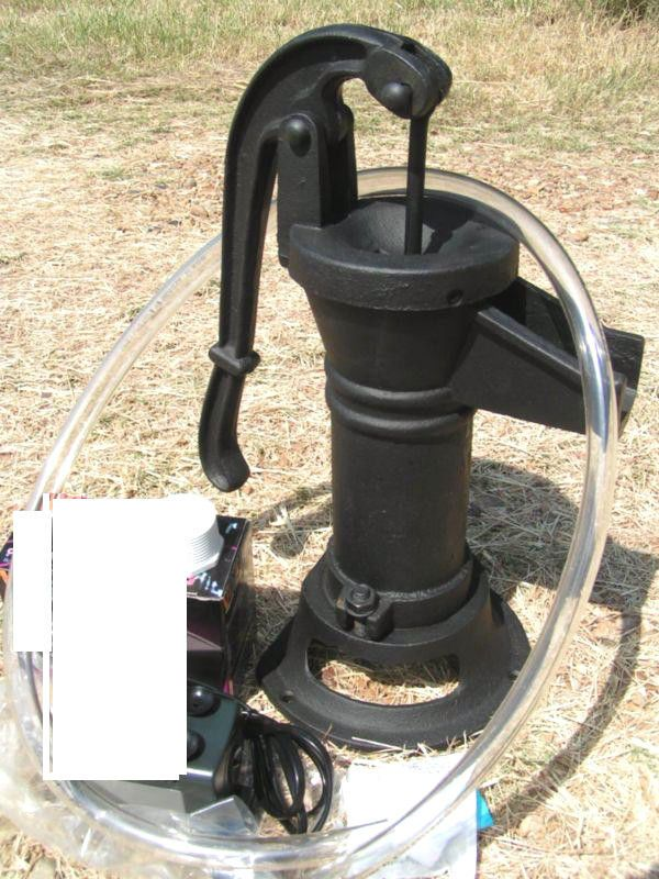 Dolls House Water Pump /& Bucket for Kitchen Sink or Yard Miniature Accessory