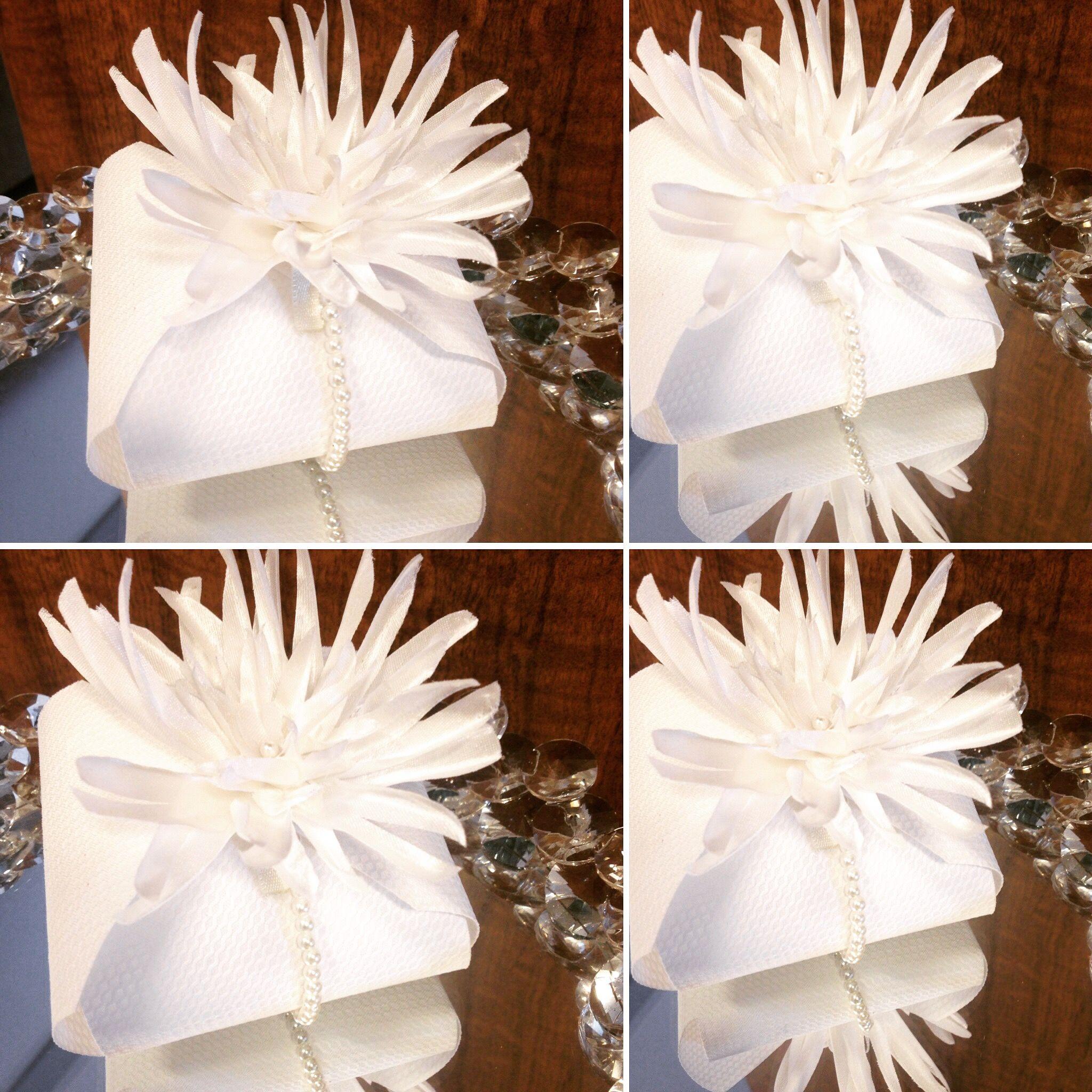 #estilo #branco é classico #pérola #flor e doce #embalagem #bemcasado