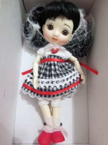 Tonner-Wilde-Imagination-Amelia-Thimble-CUTE-AS-A-BUTTON-4-RESIN-DOLL-nrfb-BJD