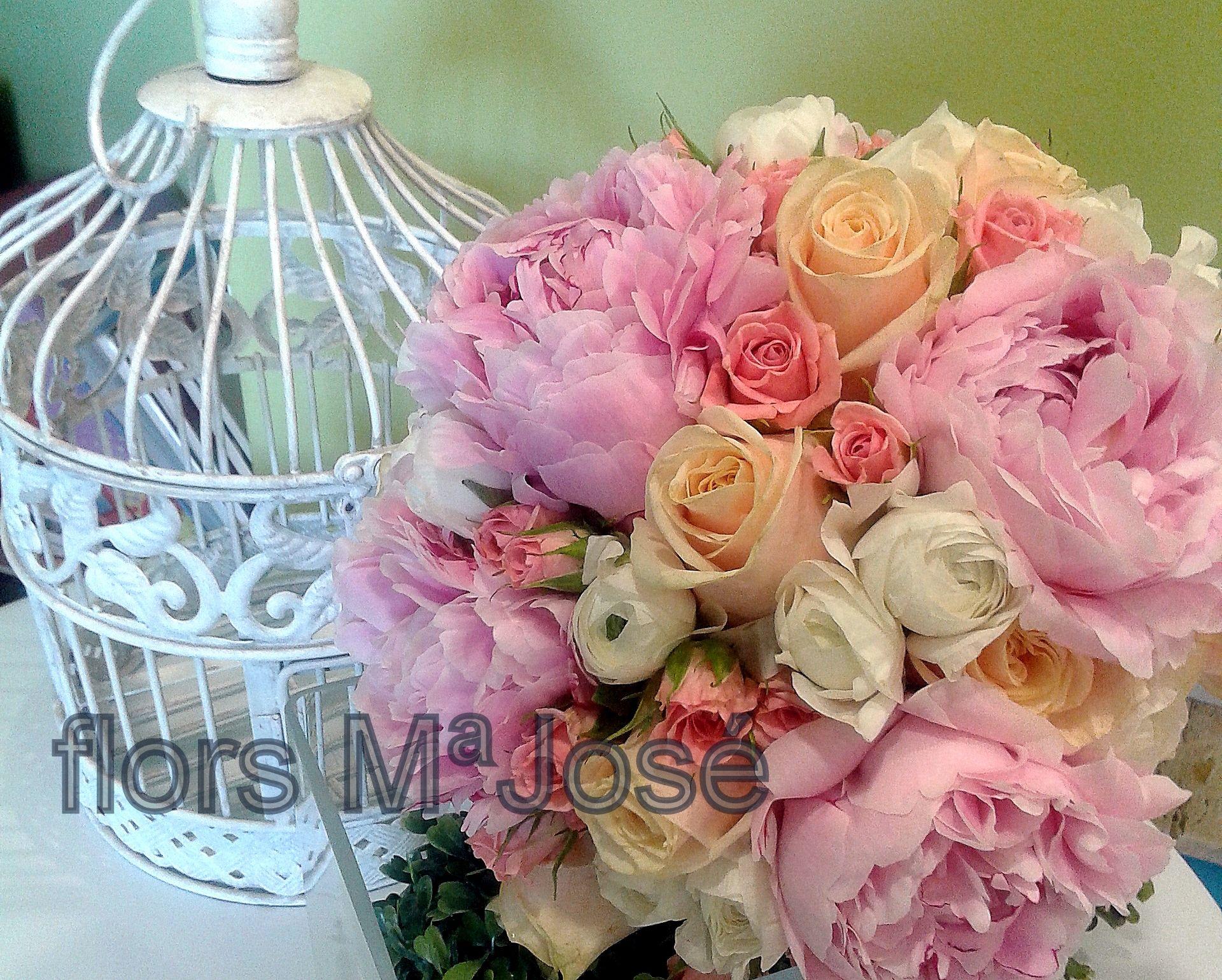 Boquet con flores redondeadas
