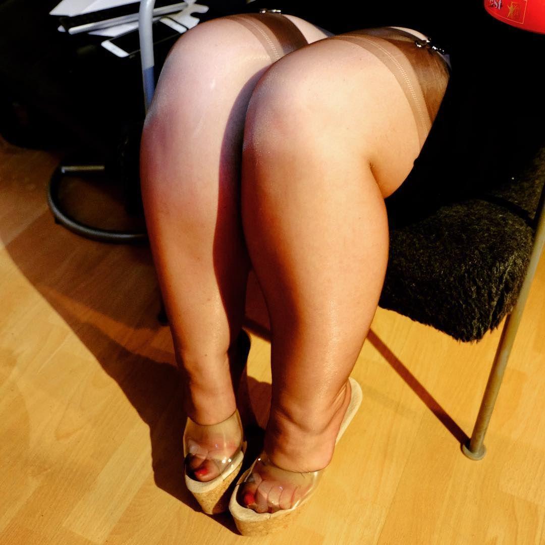 Sexy toe bbw footjob