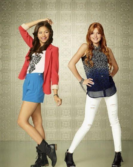 Bella Thorne And Zendaya Two Awesome Girls Zendaya Bella