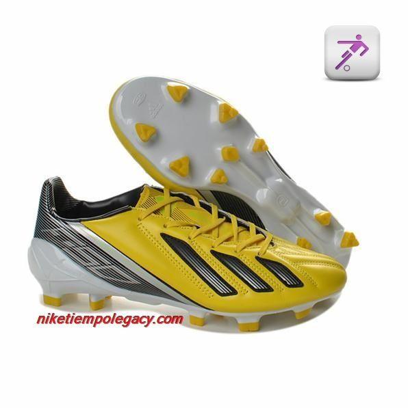 official photos 1607e 3e22d Zapatos De Futbol Layun.