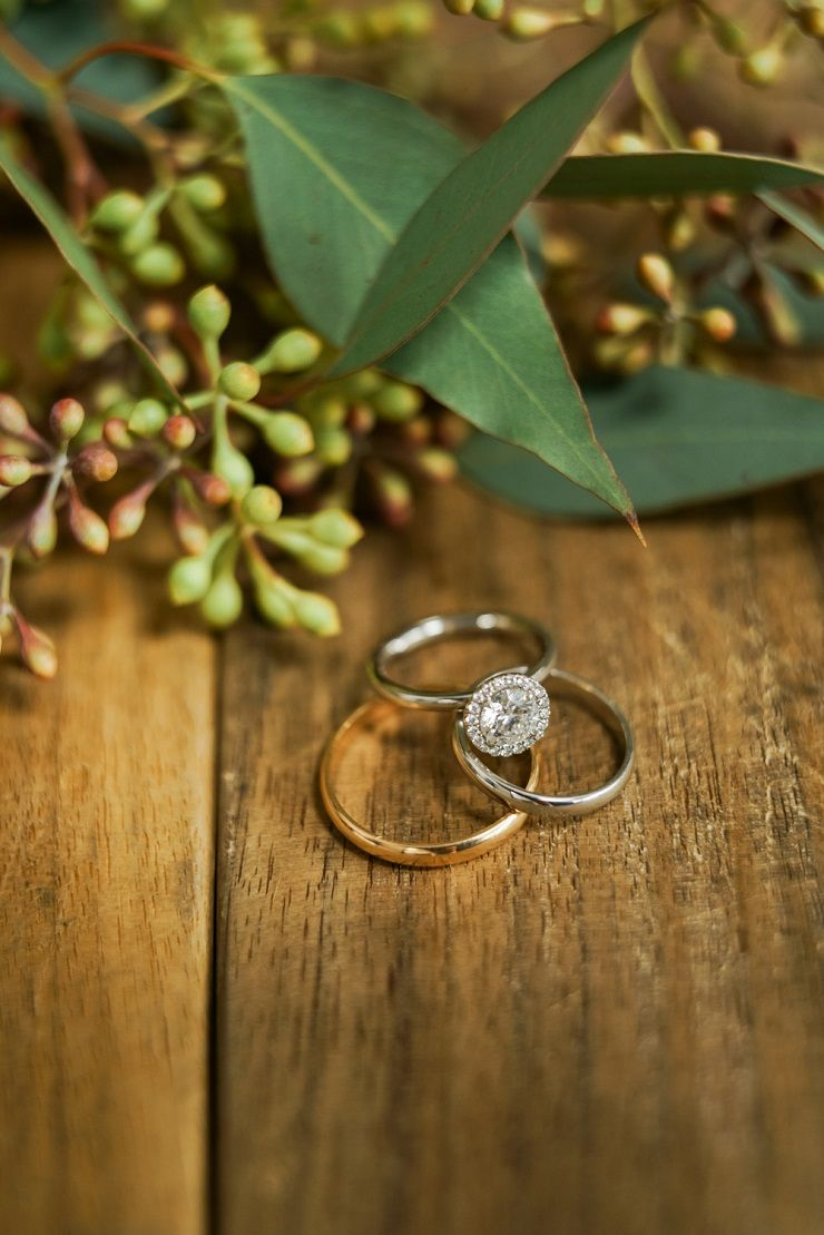 engagement ring + wedding rings | fabmood.com