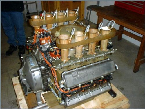 Porsche 907 Flat-8 Cylinder Engine, Slide-Injection | Speed ...
