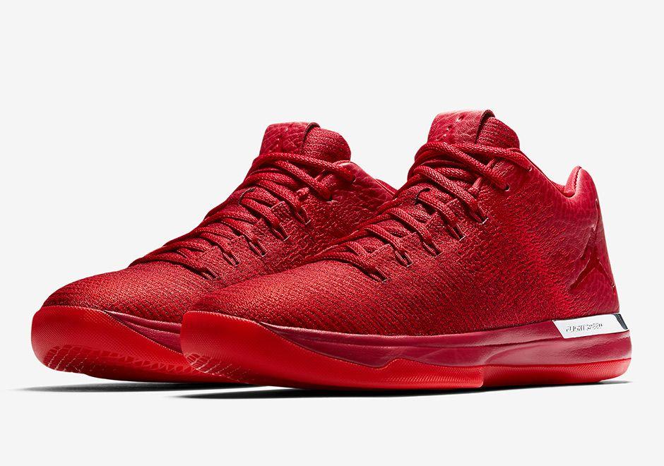 f8650e63c3c ... Air Jordan 31 Low Gym Red Release Details 897564-601 SneakerNews.com ...