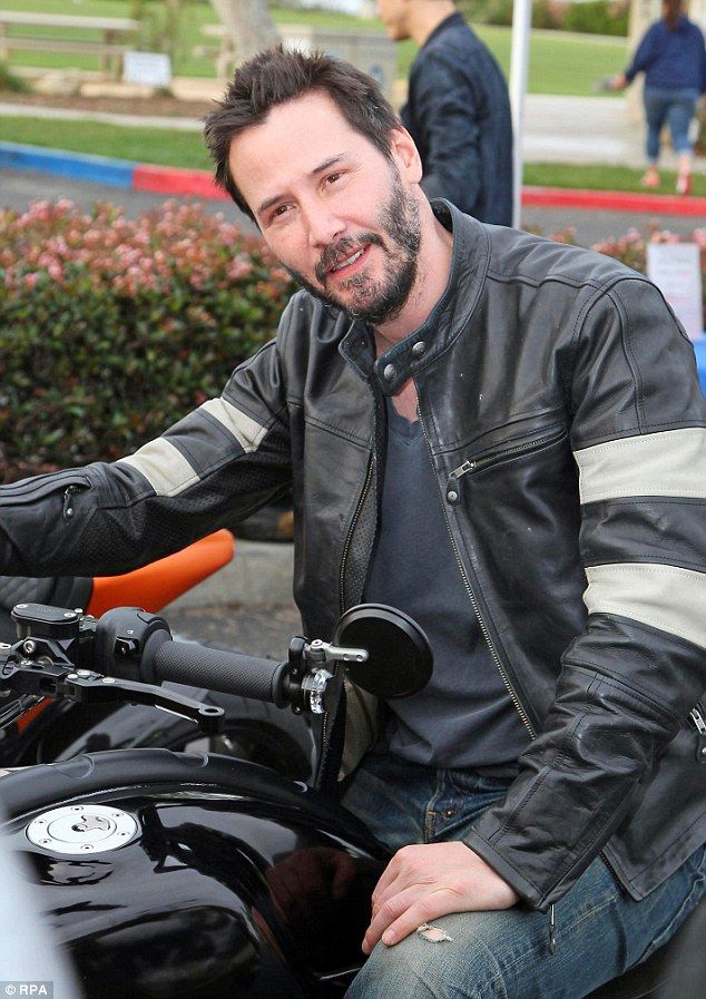 Keanu Reeves Shows Off Four Of His 78000 Superbikes At Malibu