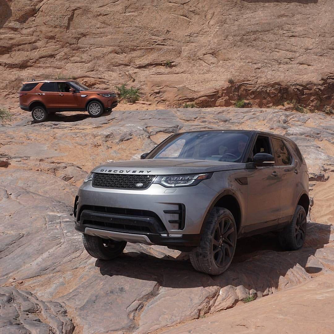 13 6k Aprecieri 29 Comentarii Land Rover Usa Landroverusa Pe Instagram Keep Your Friends Close And Your Adventur Land Rover Car Land Rover Little Truck