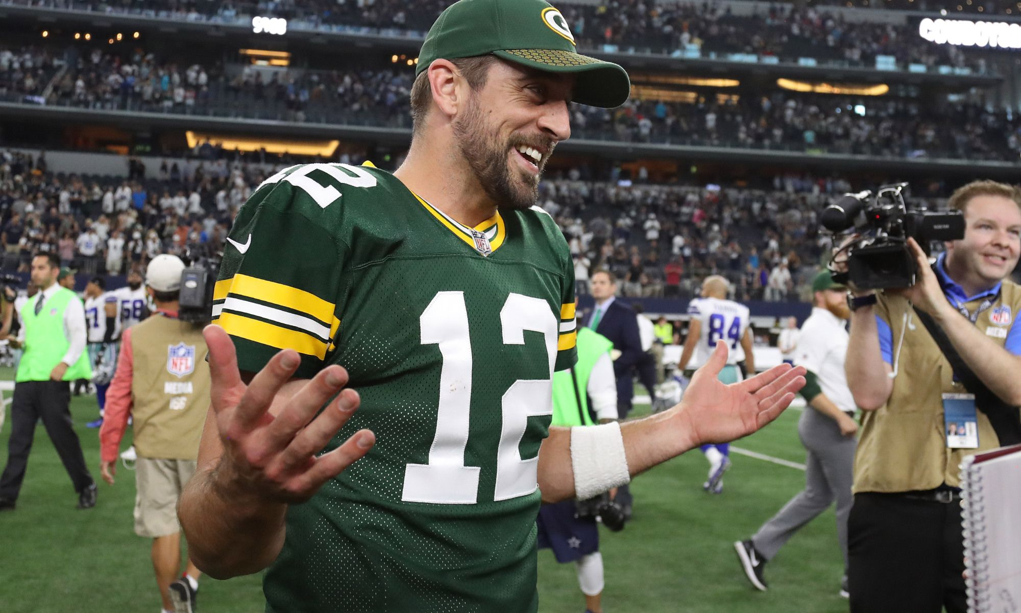 Did Packers Qb Aaron Rodgers Just Get Closer To A Fully Guaranteed Contract Aaron Rodgers Aaron Aaron Rodgers Family
