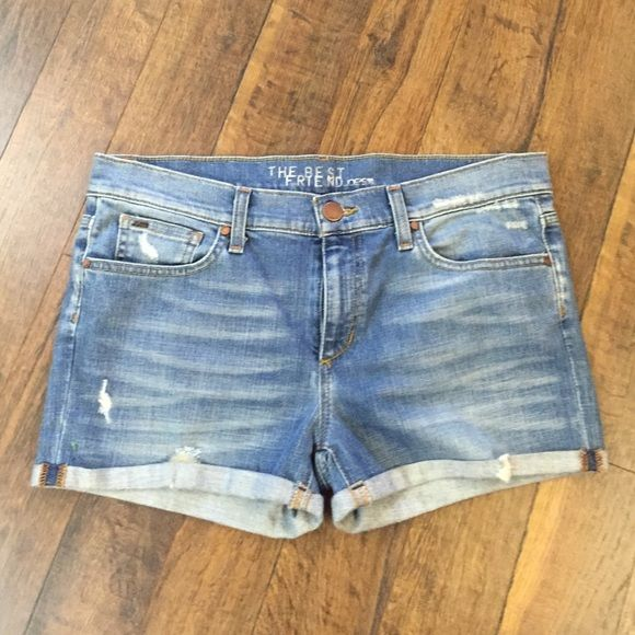 Joes the best friend shorts⬇️ Like new! No PayPal or trades. Reasonable offers via offer option only Joe's Jeans Shorts Jean Shorts