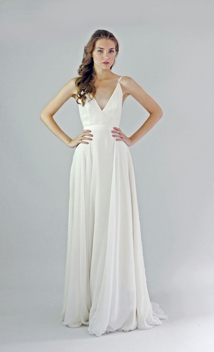 Simple beach wedding dress  Beautiful Wedding Dresses for Beach Weddings  Leanne marshall