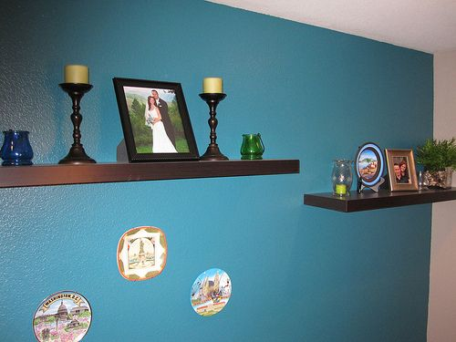 Accenting the Living Room and Dining Room