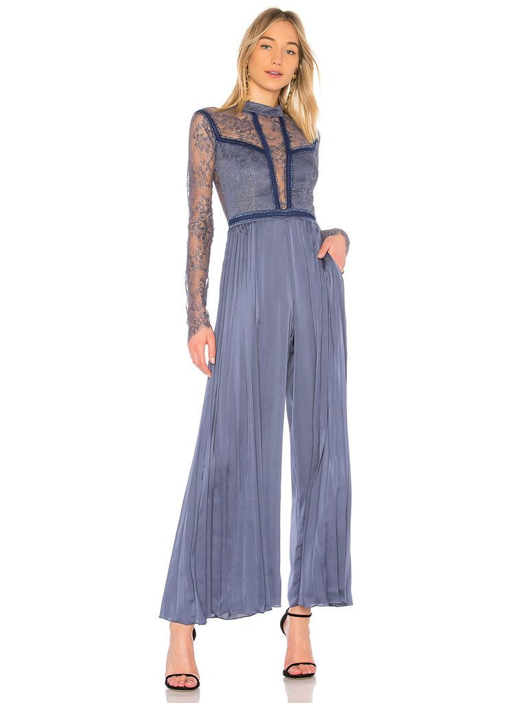 35 Cool And Dressy Jumpsuits For Wedding Guests Jumpsuit For Wedding Guest Classic Style Women Jumpsuit Dressy