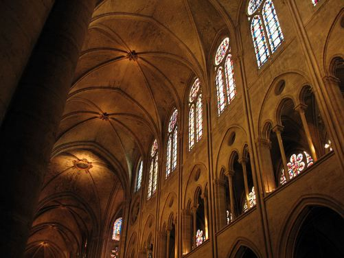 Interior, Notre-Dame de París  © Sauce