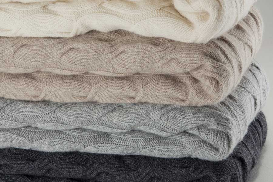 2b0df631275 chunky cable throws. chunky cable throws Merino Wool ...