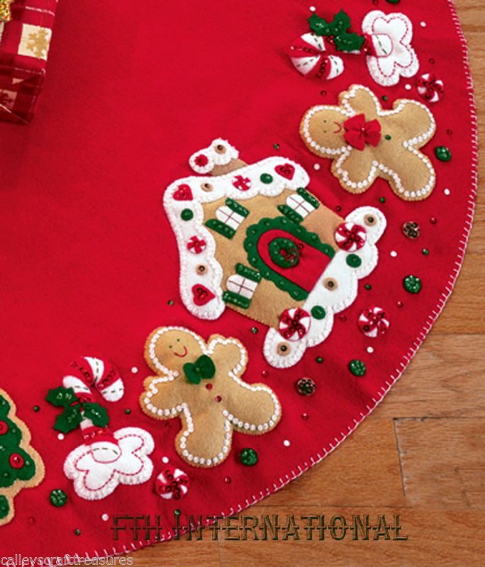 "Bucilla Gingerbread House ~ 43/"" Felt Christmas Tree Skirt Kit #85133 Cookies"