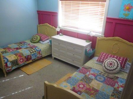 die besten 25 mehrbettzimmerm dchen ideen auf pinterest gemeinsames kinderschlafzimmer. Black Bedroom Furniture Sets. Home Design Ideas