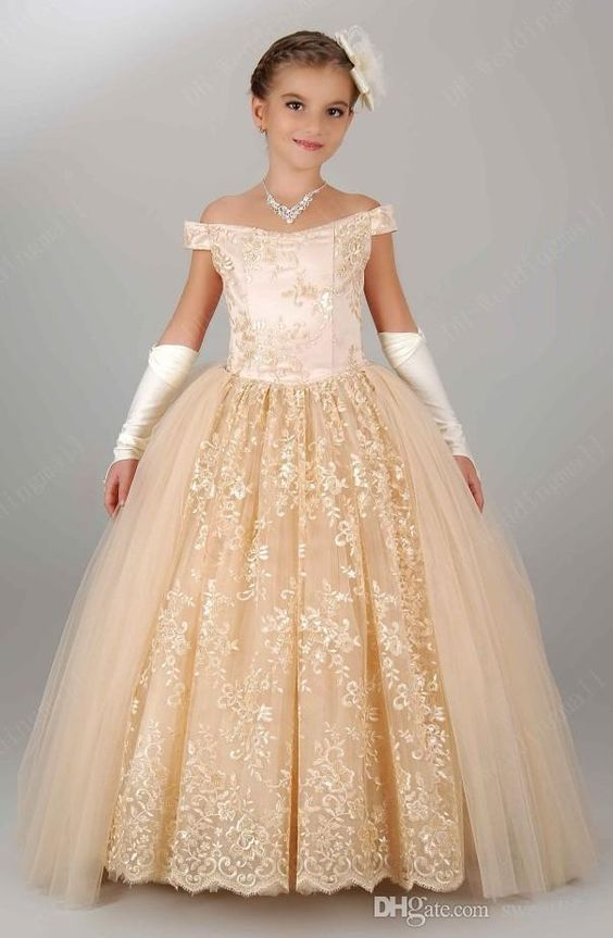 Pageant Dresses For Girls 2017 Off Shoulder Appliques Lace Princess Flower  Girl Dresses Champagne Children Lace Up Birthday Dress girl gown  fa173b9ec90c