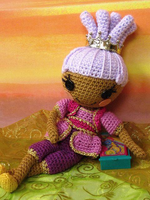 Sew beautiful! Lalaloopsy Sahara Mirage by ladynoir63, via Flickr