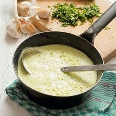 Recipe by Steffen Henssler: zucchini soup - The fresh lemon note and the parmesan go very well with...