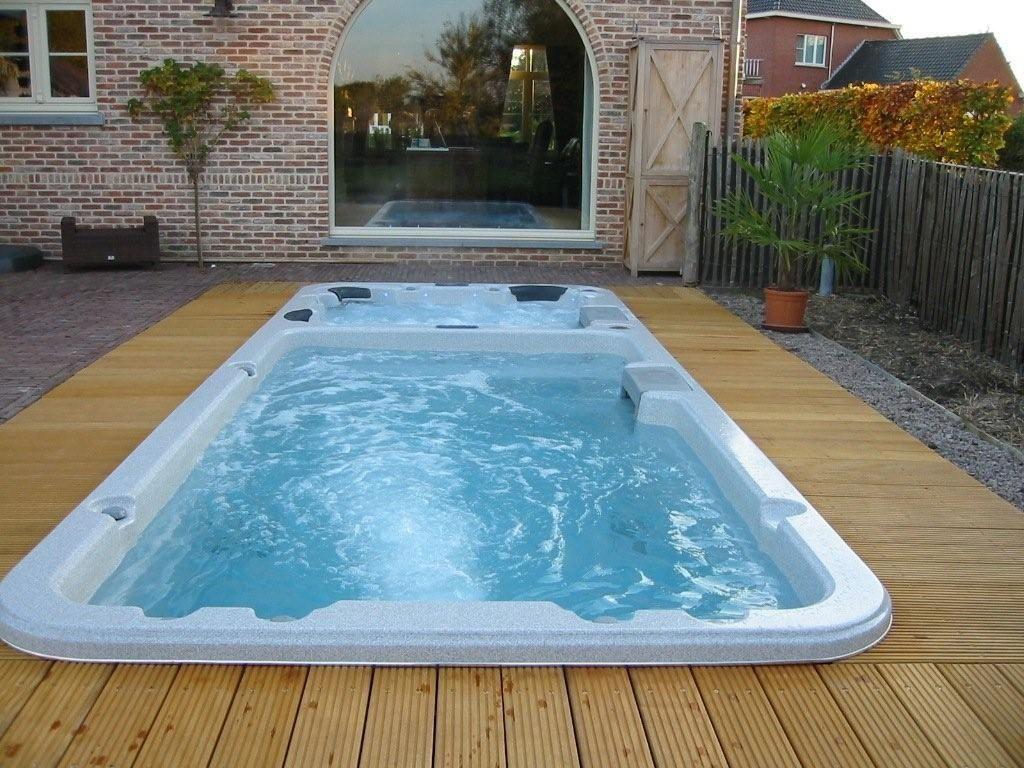 Swiming pools swim spa pool design using brick with pool for Portable pool