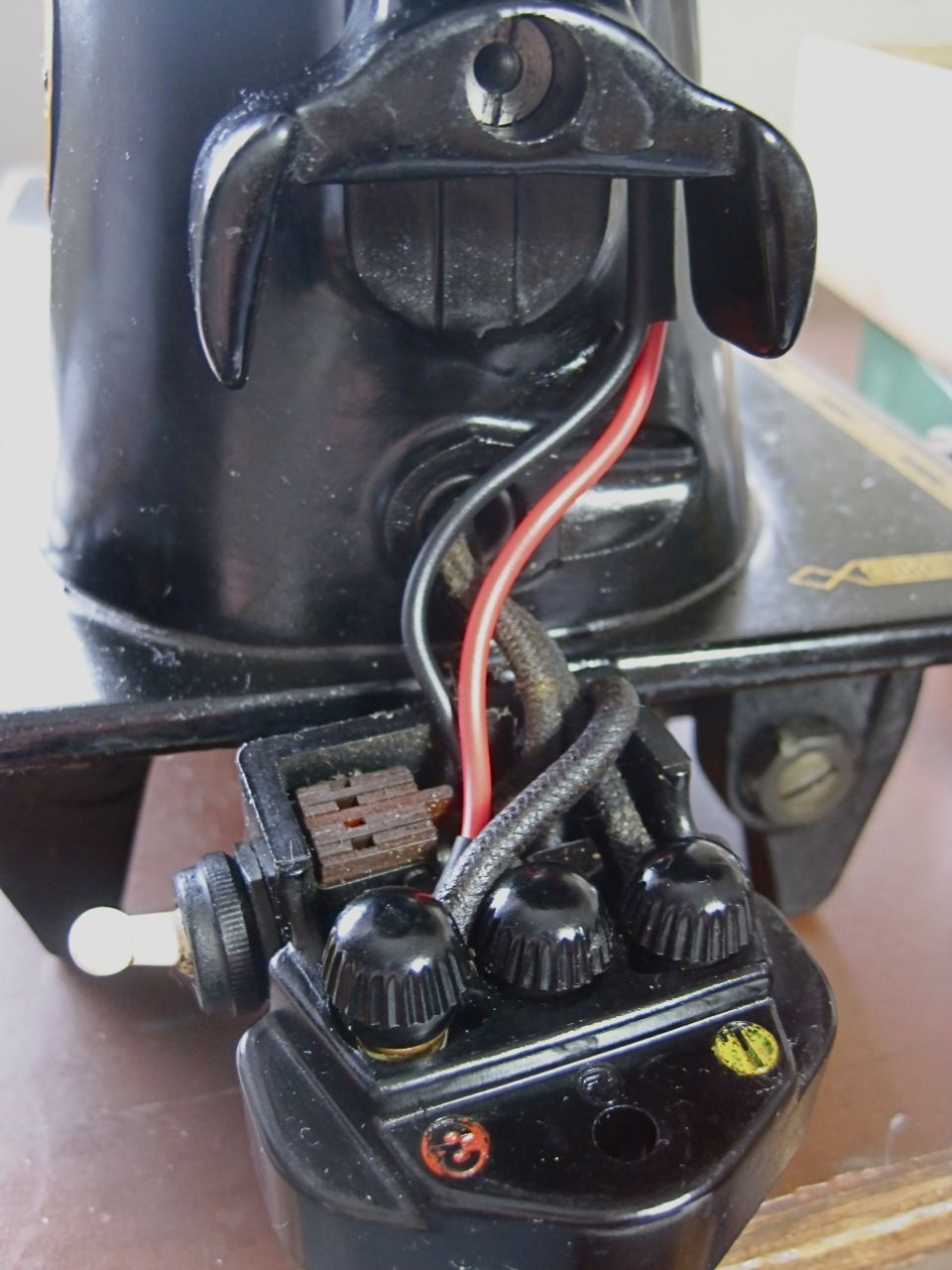 The Project Lady: Singer 201-2 Sewing Machine Motor Re-Wire ...