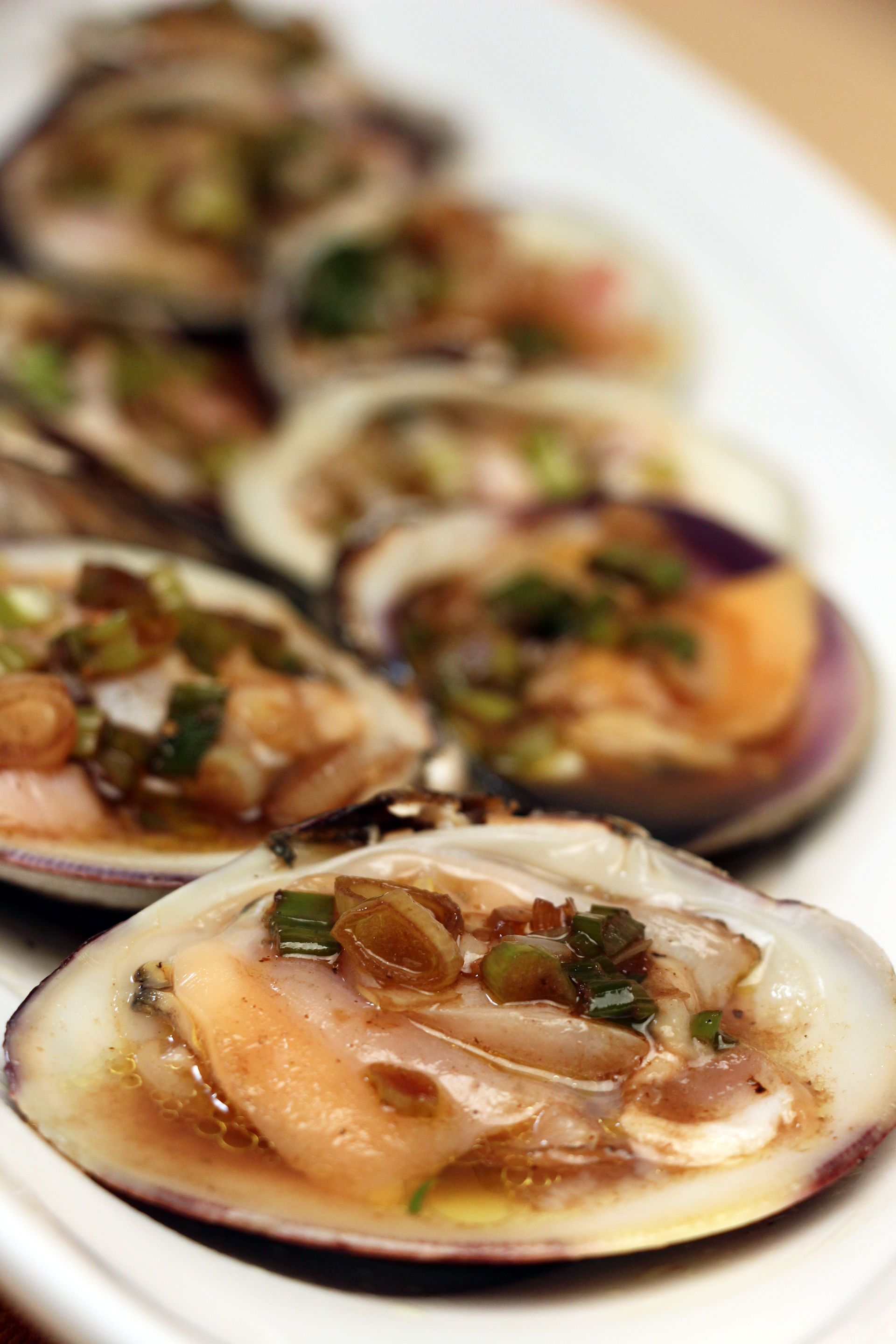 Top Neck Clams With Vinegar And Scallion Sauce Jacques