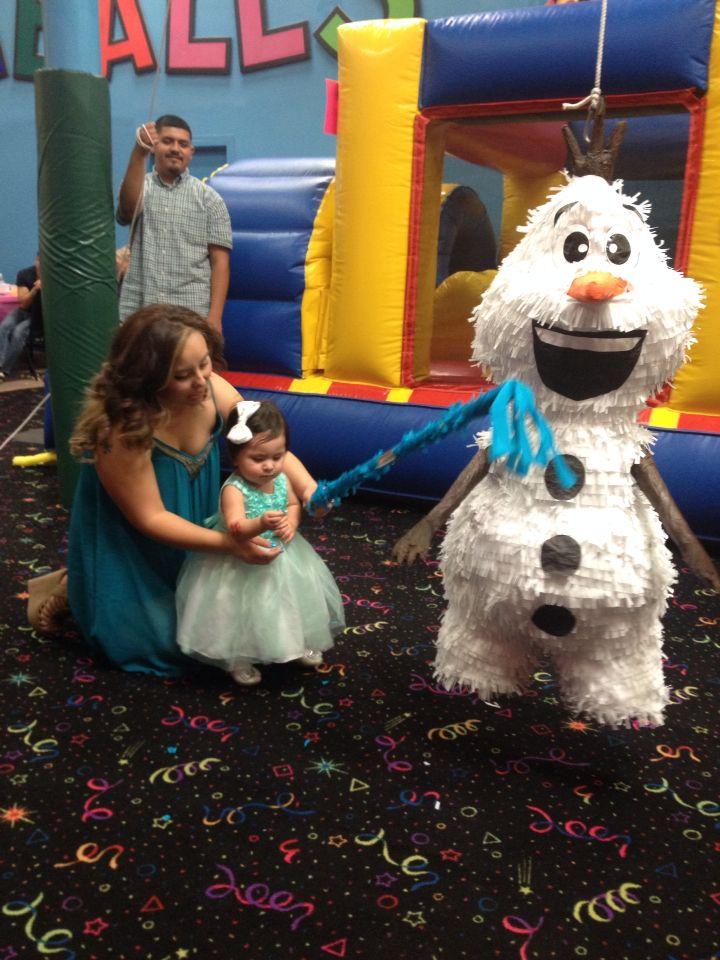 Olaf piñata!