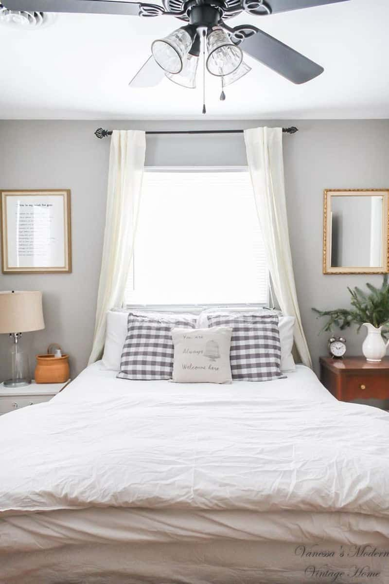 50 Ideas For Placing A Bed In Front Of A Window Window Behind Bed Headboards For Beds Bed Against Window