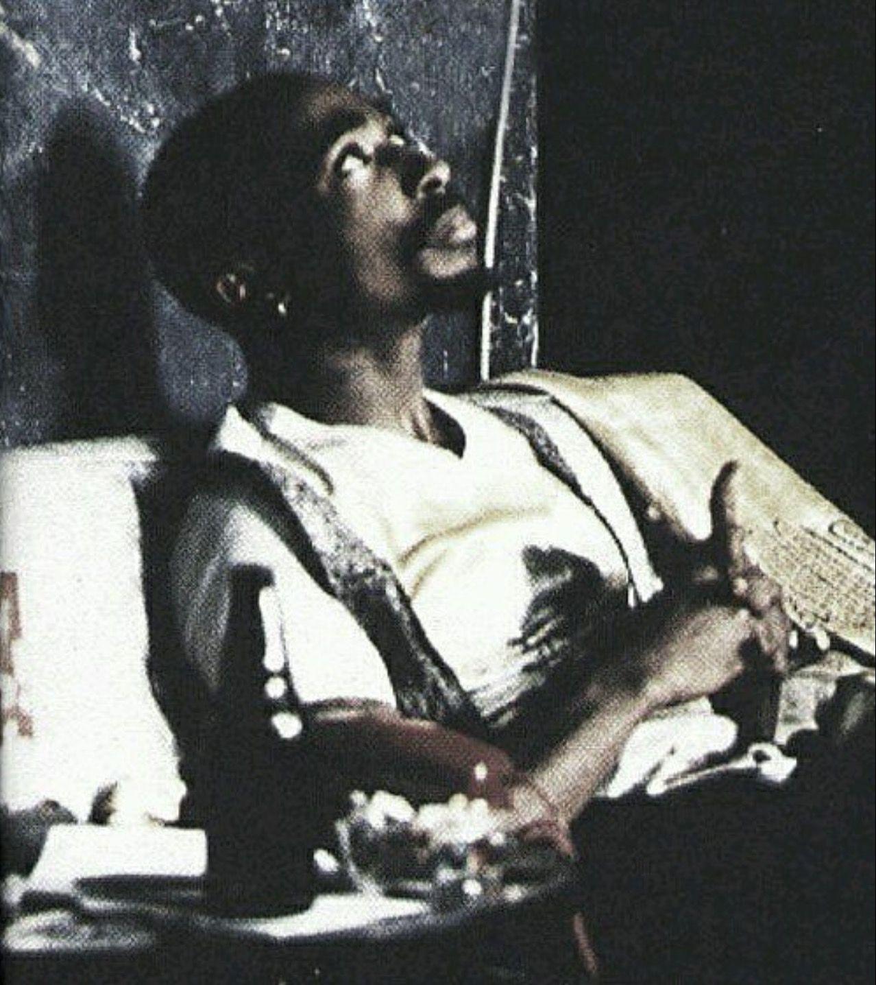 Tupac Shakur 2Pac Rapper Music Fabric Poster 12x12 24x24 27x27 B-127