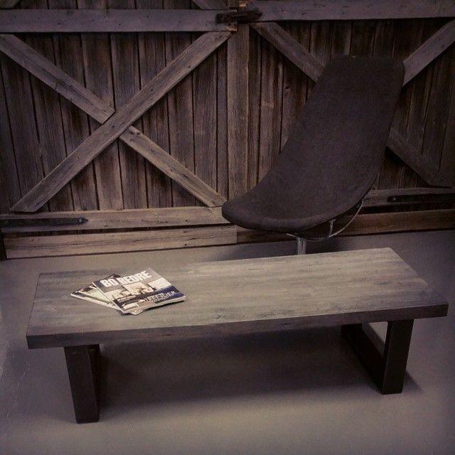 #profil bord #svartstål med #1862 plate #håndlagetavoss #barefordeg #bærekraftig #kortreist www.drivved.no