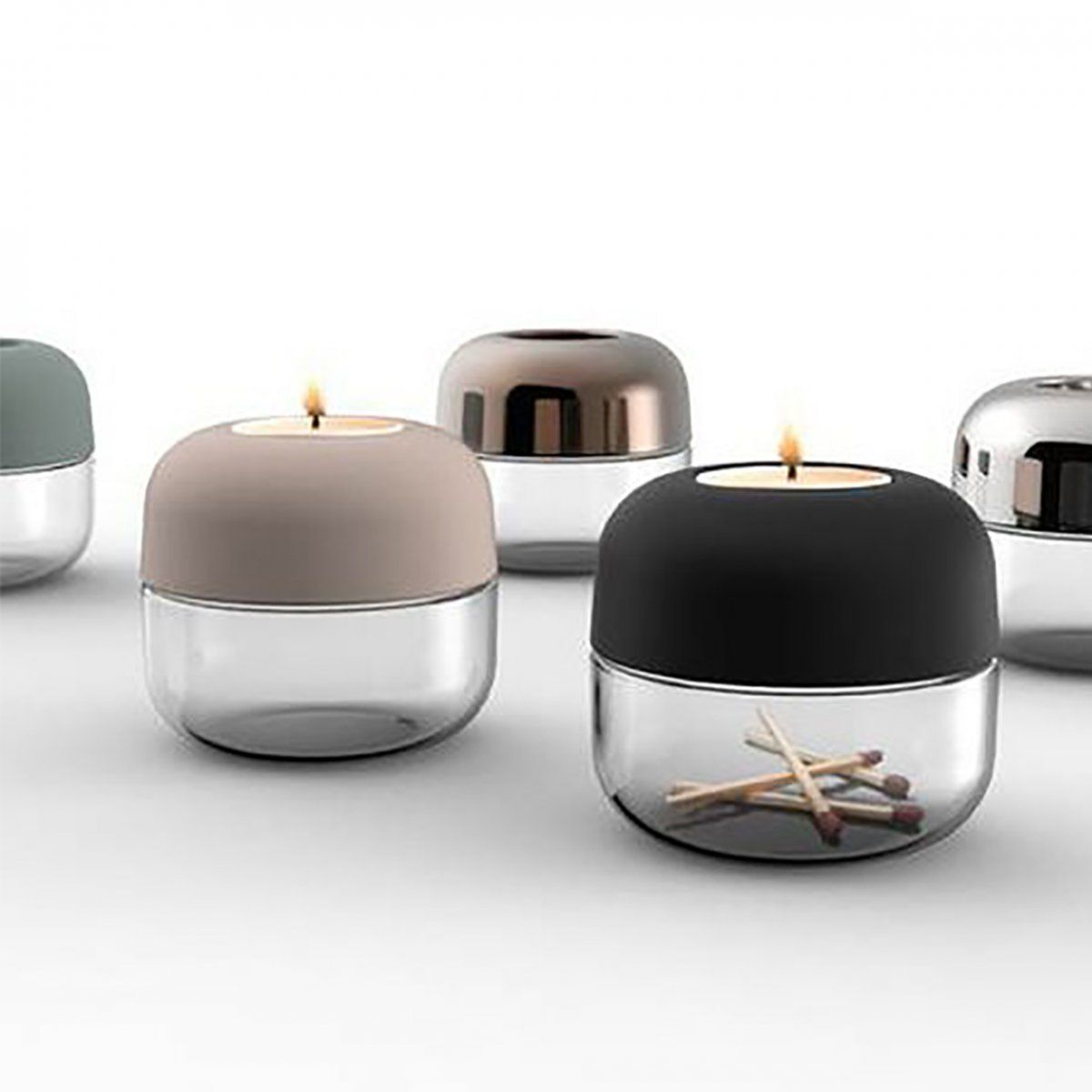 Show Tealight is a new interpretation of one of the Menu classics: the Galerie Candle Holder. Made to dazzle your windowsills, to cosy up your grey afternoons and warm your windy nights.