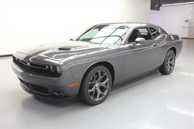 2018 Dodge Challenger 32908 00 For Sale In Jacksonville Fl 32256 Incacar Com Buy Used Cars White Interior Land Rover Discovery Sport