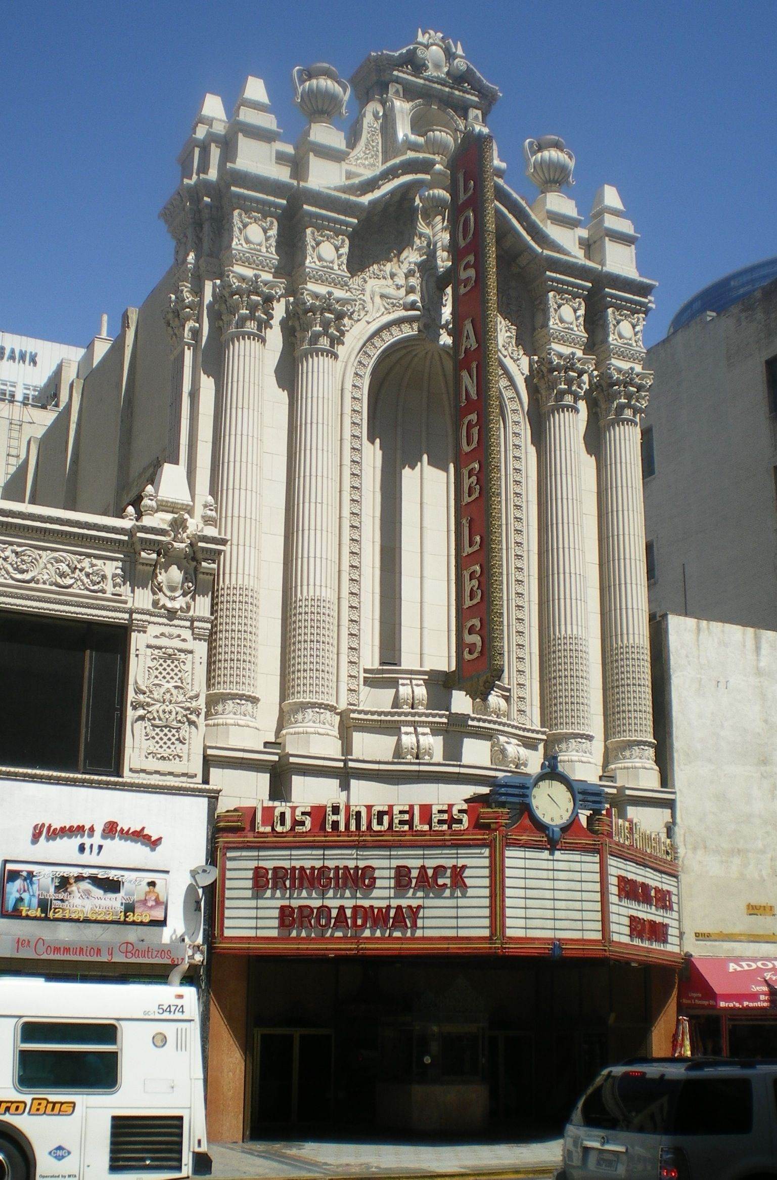 Los angeles theater on broadway los angeles ca