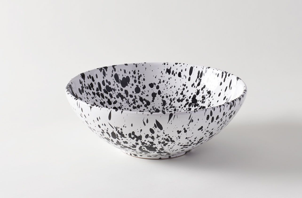 """12 beautiful bowls to spruce up your spring table 