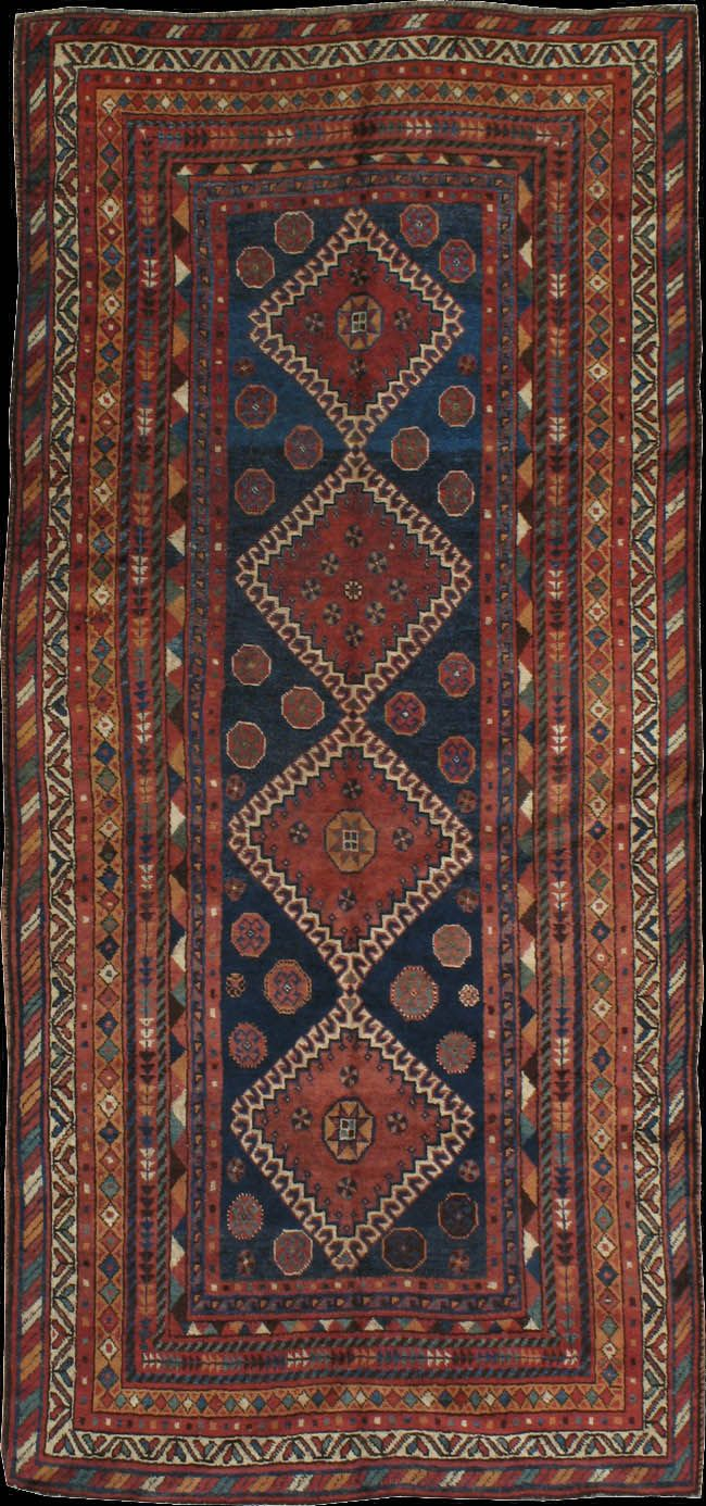 We will most probable have persian rugs lining the aisle of the