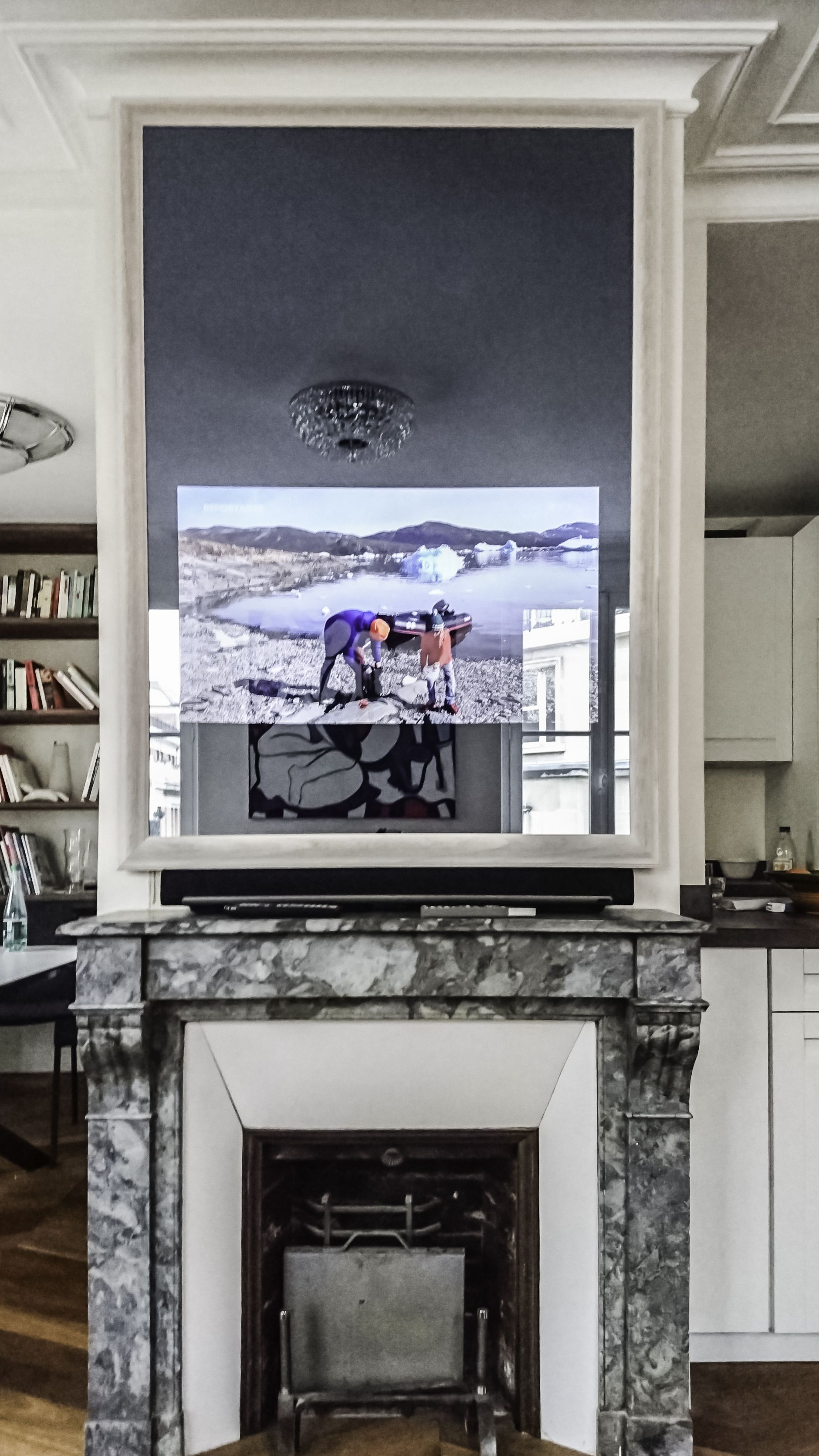 Miroir Tv So Concept De 110×155 Cm Avec Un Cadre Tv Blanc Pour  # Comment Cacher Les Cables Tv