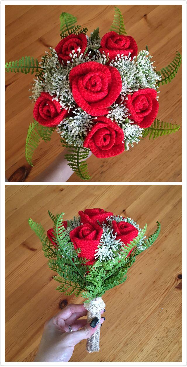 Handmade crochet rose bouquet
