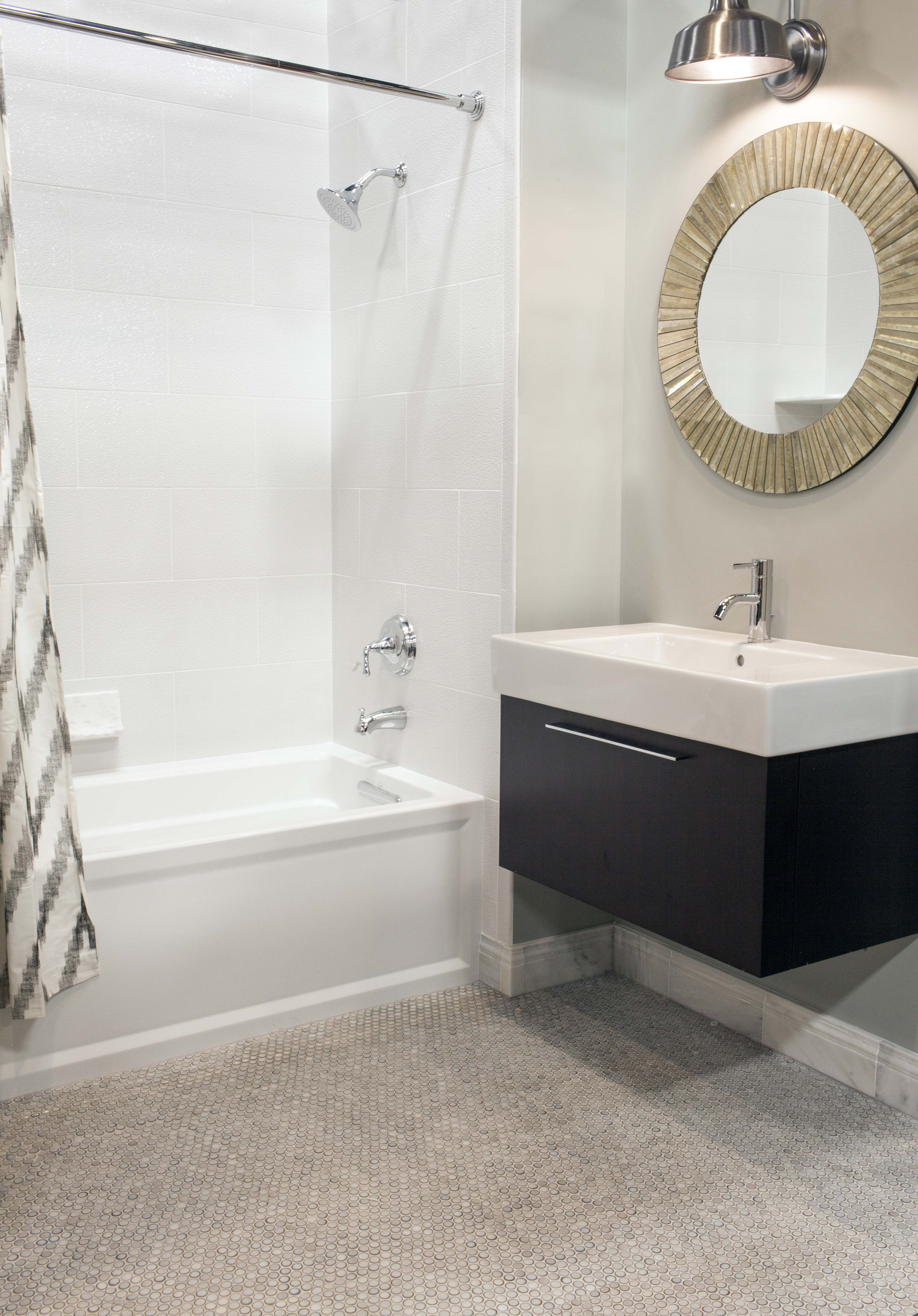 Penny For Your Thoughts This Modern Bath Features Glossy