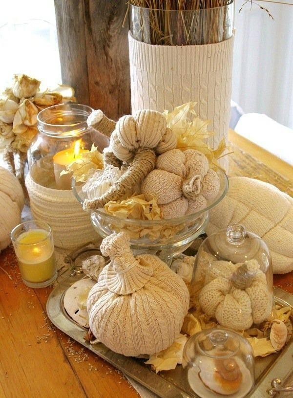 Basteln mit wolle herbst dekoration tisch set k rbisse - Herbst dekoration tisch ...