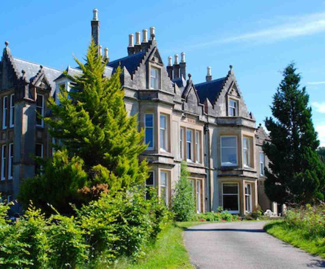 A Former Country Hotel Near Tarbert On The West Coast Of Scotland