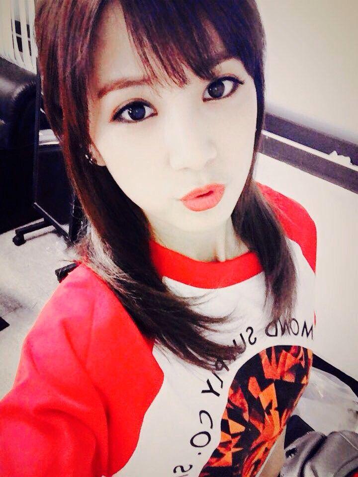 #Chorong #leader #APINK #selca