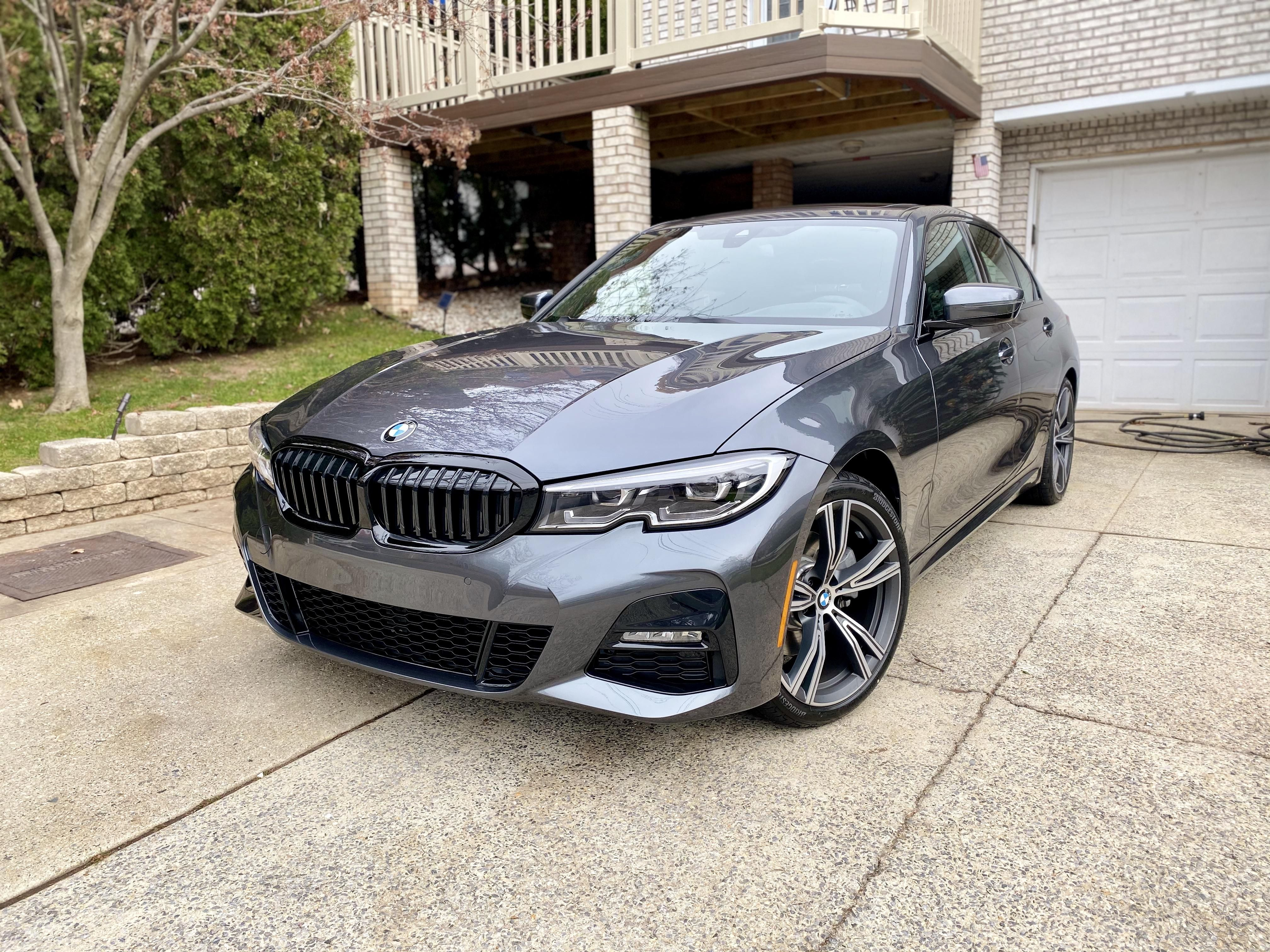 First Bmw And Im In Love 2020 330xi M Sport In Mineral Gray Bmw Bmw Love Bmw Price