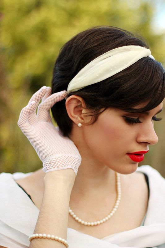 Diy 1950 s Style Headband • Free tutorial with pictures on how to make a  fabric headband in under 20 minutes dc041a0521eb