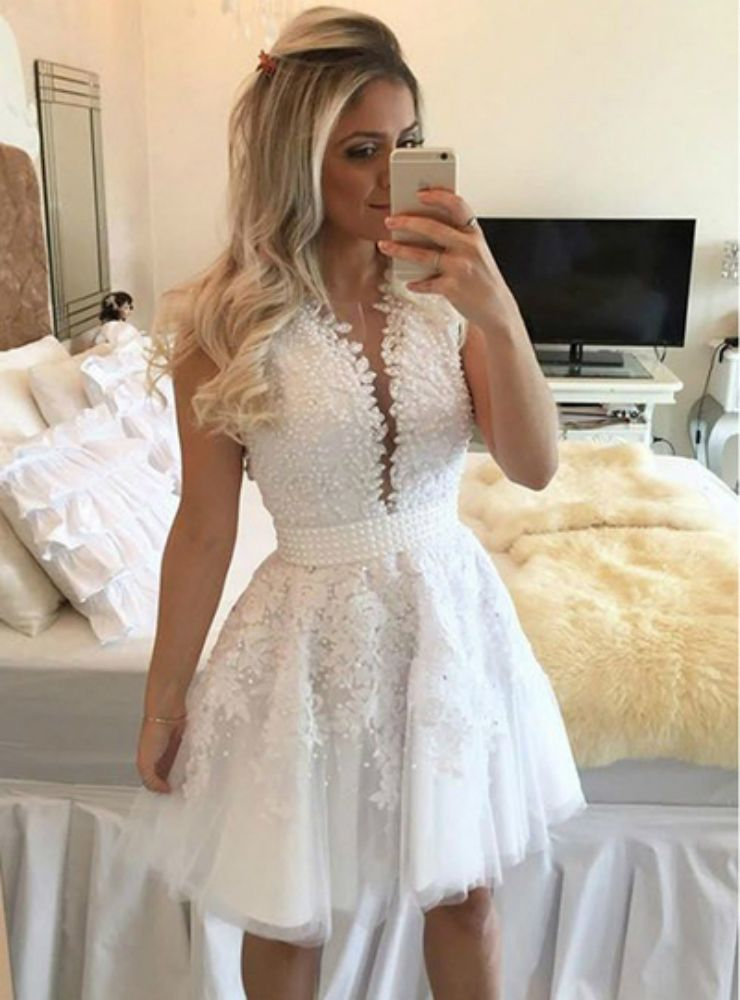 79964801d6b A Line White Tulle Appliques Pearls Short Homecoming Dress in 2019 ...