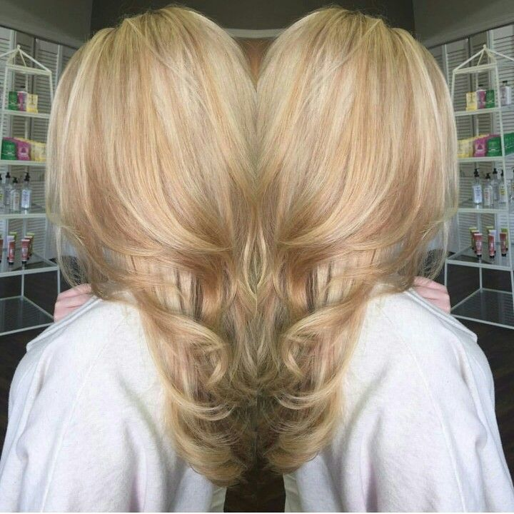 Natural strawberry blonde hair with platinum highlights