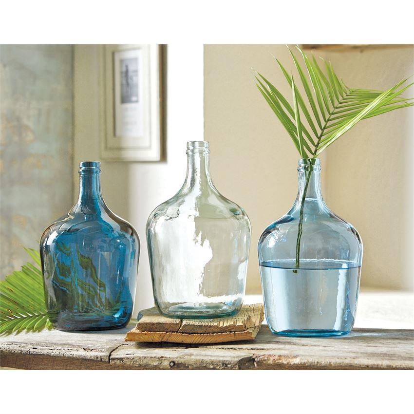 Carafe Bottle Vases In 2020 Glass Vases Centerpieces Vintage