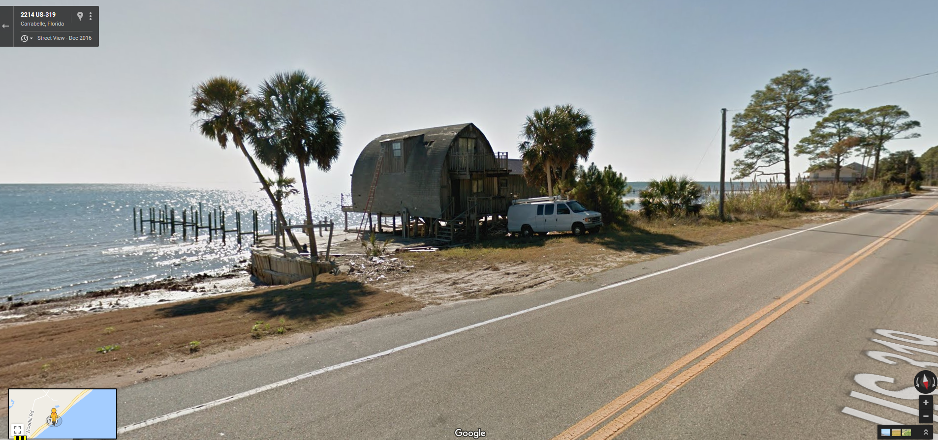 """""""Hurricane proof"""" aerodynamic house from maybe the 70s"""